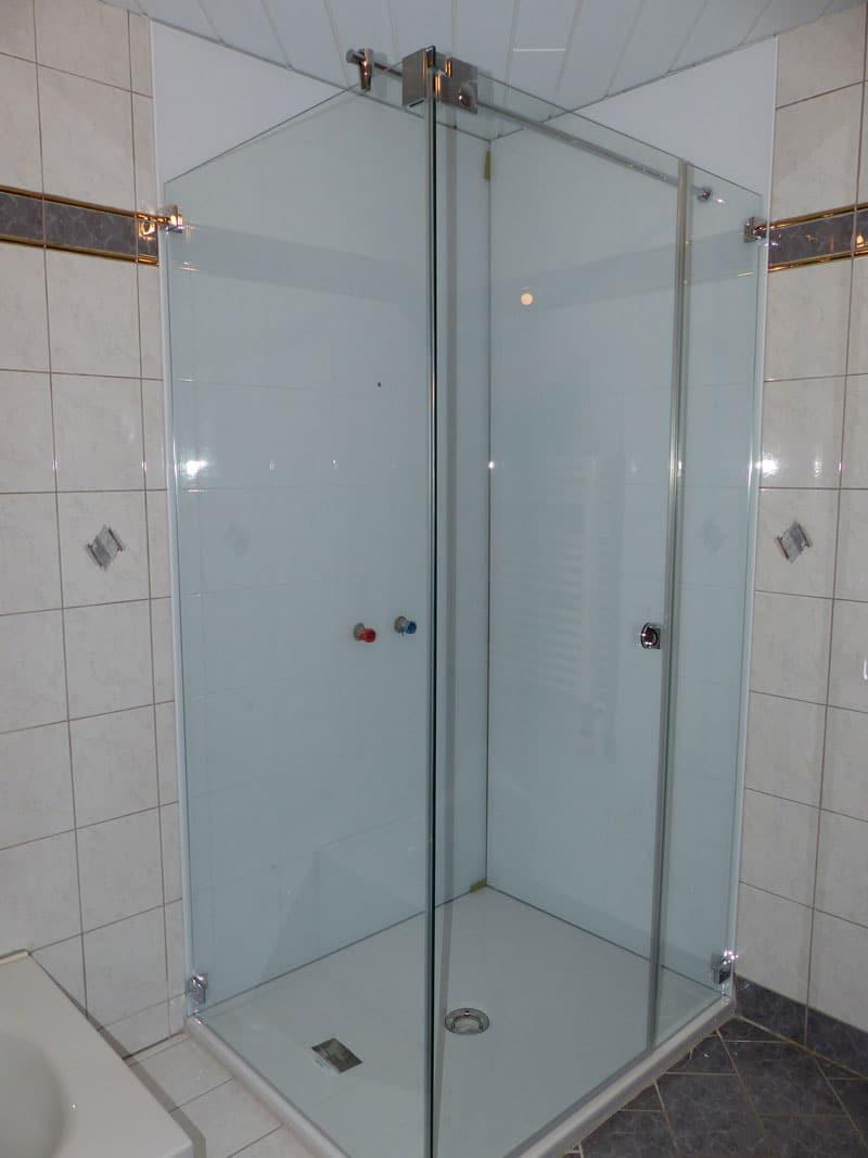 duschsanierung-badsanierung-mit-wandglas4741 wendling oö