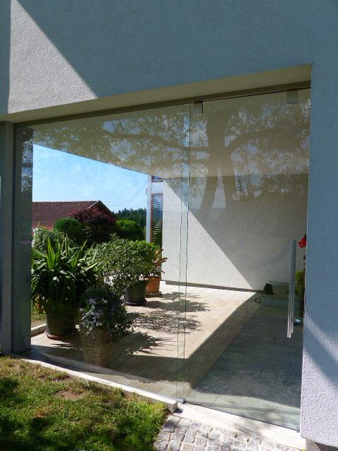 terrassenwindschutzglas im innviertel
